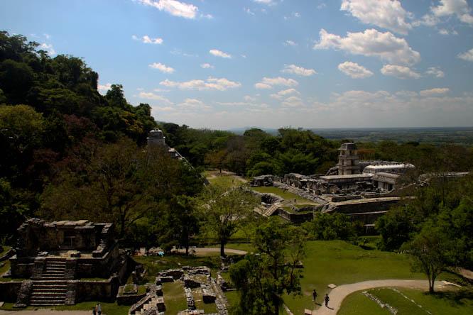 El Mundo Maya : Terre spirituelle, poumon d'une civilisation qui garde ses couleurs
