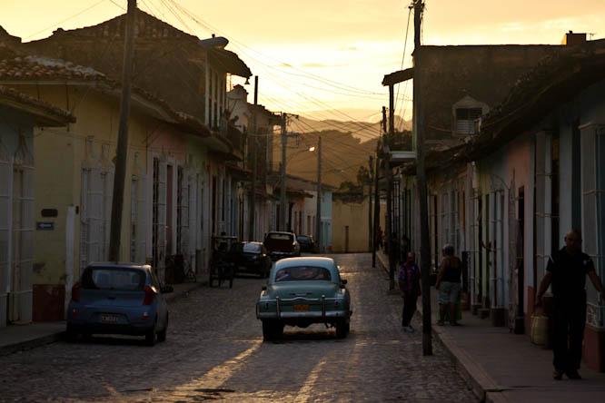 Cuba : De l'indépendance à la révolution, un contexte géopolitique complexe